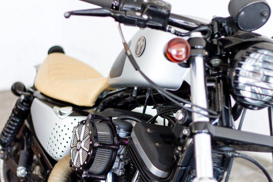 Harley Davidson Sportster 883 Custom - Malamadre Motorcycles